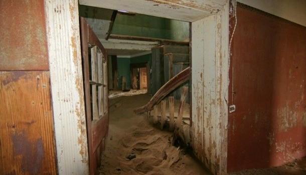 Fantomele locurilor abandonate