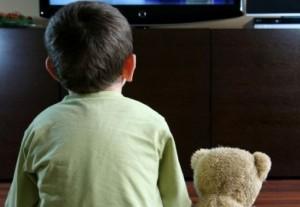 Reclamele publicitare afecteaza viata copilului